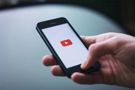 Vlogging: What a Video Blog Can Do For You